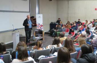 Eduardo García de la Sierra presenta charla en el marco del ciclo
