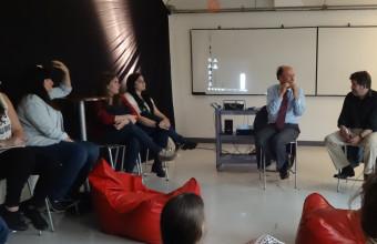 El ClanDestino culmina sus reuniones del 2015 con Cristián Larroulet