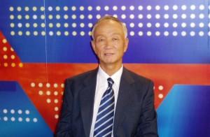 Dong Yansheng, traductor, ensayista, hispanista y cervantista.