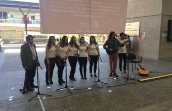 Intervención poética y musical